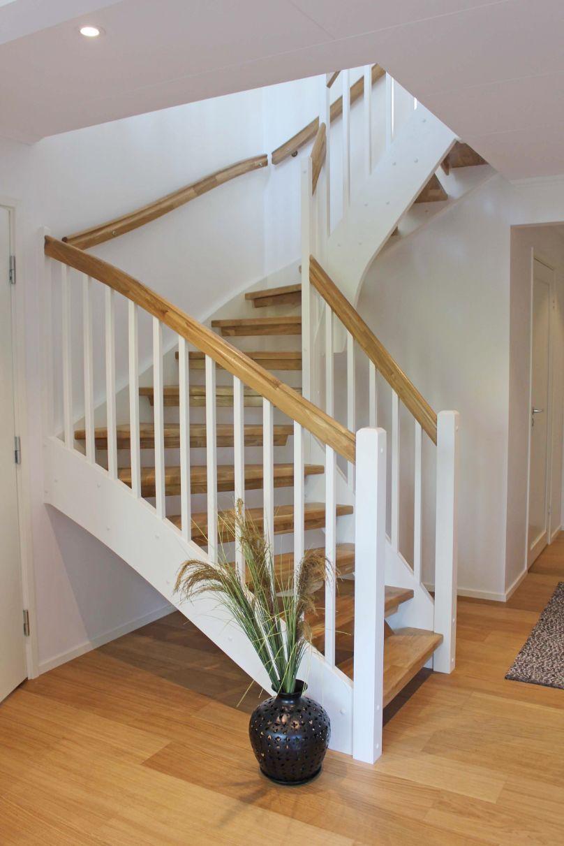 Dala trähus hus nytt hus trappa
